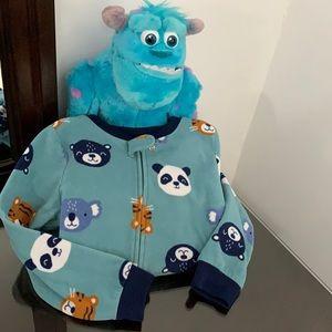 Carter's Boy's Pajamas. Footie Pjs.